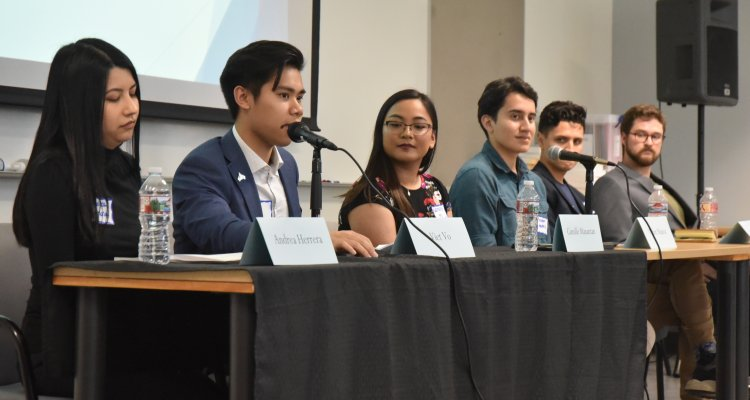 San Joaquin Delta College alumni returned to campus recently for a political science reunion, and offered up some sage advice for those following in their footsteps.